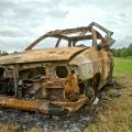 #43/52 - shořelé auto